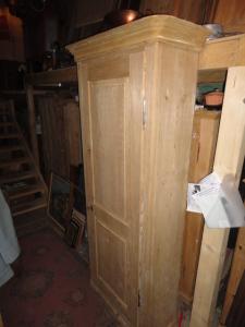 tannenschrank 1 t rig. Black Bedroom Furniture Sets. Home Design Ideas